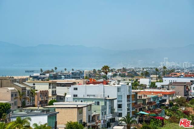 7777 W 91St St B3156, Playa Del Rey, CA 90293 (#21-762348) :: Vida Ash Properties | Compass