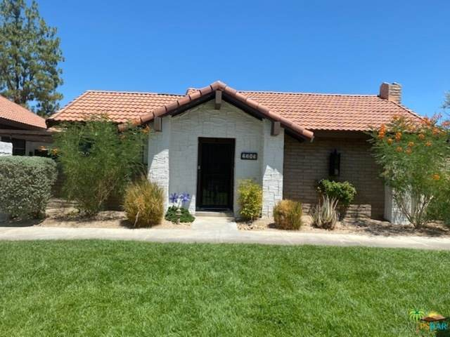 2389 E Miramonte Cir B, Palm Springs, CA 92264 (MLS #21-762440) :: Brad Schmett Real Estate Group