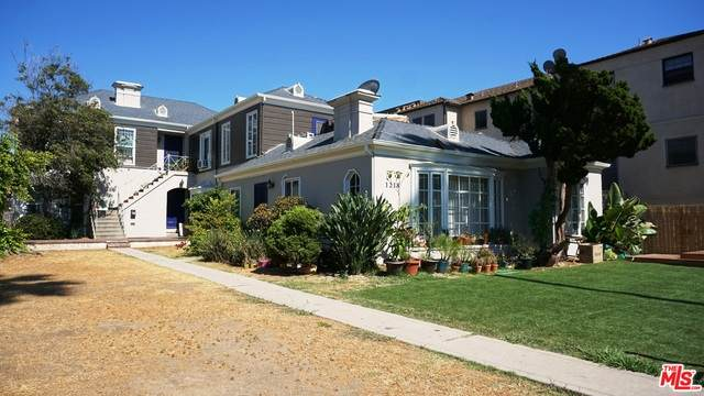 1216 S Westmoreland Ave, Los Angeles, CA 90006 (MLS #21-762536) :: The John Jay Group - Bennion Deville Homes