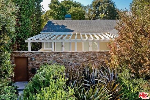 1621 Ashland Ave, Santa Monica, CA 90405 (#21-762766) :: Berkshire Hathaway HomeServices California Properties