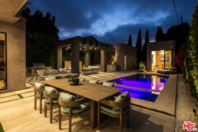 1371 Palms Blvd, Venice, CA 90291 (#21-763182) :: Berkshire Hathaway HomeServices California Properties