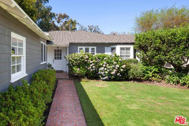 541 S Westgate Ave, Los Angeles, CA 90049 (#21-763268) :: Angelo Fierro Group   Compass
