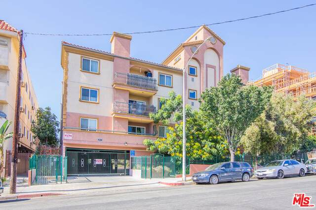 2811 Francis Ave #207, Los Angeles, CA 90005 (MLS #21-763352) :: The John Jay Group - Bennion Deville Homes
