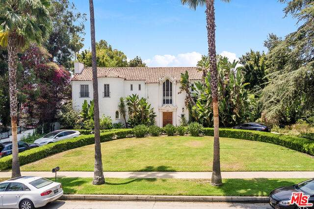 1003 Benedict Canyon Dr, Beverly Hills, CA 90210 (#21-763402) :: The Pratt Group