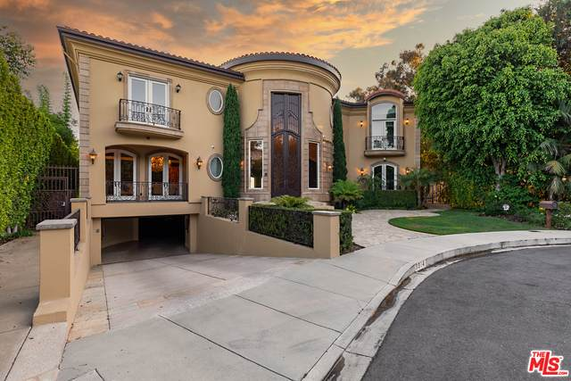 9914 Shangri La Dr, Beverly Hills, CA 90210 (MLS #21-763422) :: Hacienda Agency Inc