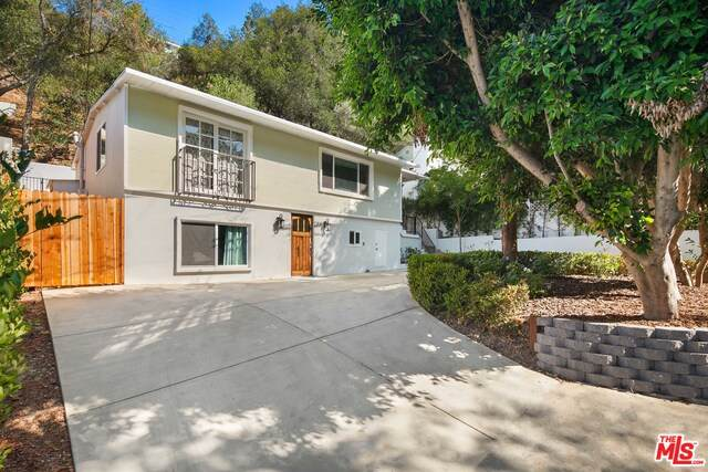8876 Wonderland Ave, Los Angeles, CA 90046 (#21-763612) :: Lydia Gable Realty Group