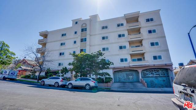 1043 S Kenmore Ave #206, Los Angeles, CA 90006 (MLS #21-763976) :: The John Jay Group - Bennion Deville Homes