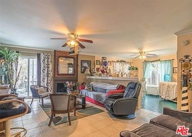 9047 Willis Ave #9, Panorama City, CA 91402 (#21-764122) :: Montemayor & Associates