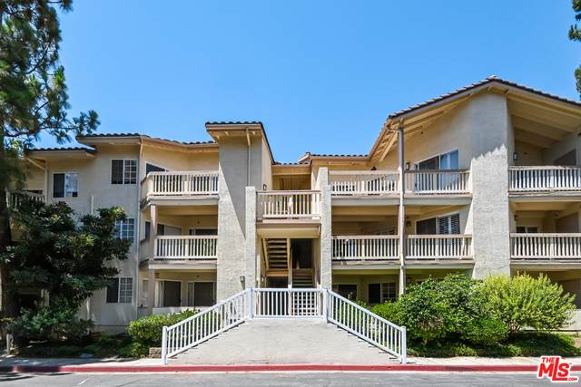 5728 Oak Bend Ln #312, Oak Park, CA 91377 (#21-764148) :: Berkshire Hathaway HomeServices California Properties