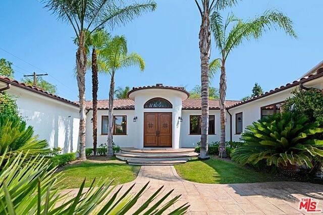 18900 Ringling St, Tarzana, CA 91356 (#21-764156) :: Berkshire Hathaway HomeServices California Properties