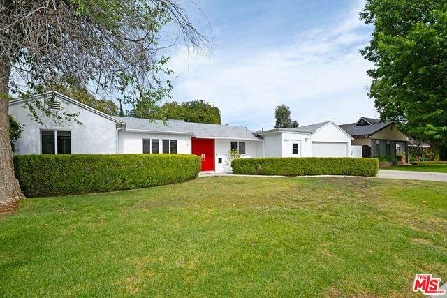 4554 Matilija Ave, Sherman Oaks, CA 91423 (#21-764324) :: Angelo Fierro Group   Compass