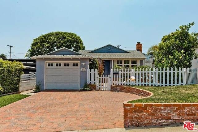 426 Manitoba St, Playa Del Rey, CA 90293 (#21-764336) :: Vida Ash Properties | Compass