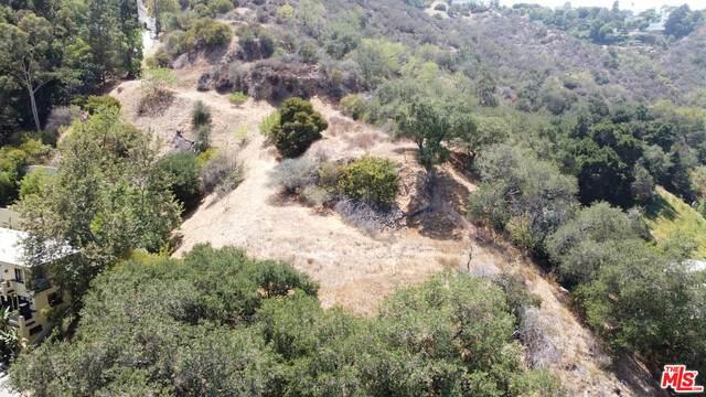 3057 Passmore Dr, Los Angeles, CA 90068 (#21-764354) :: The Pratt Group