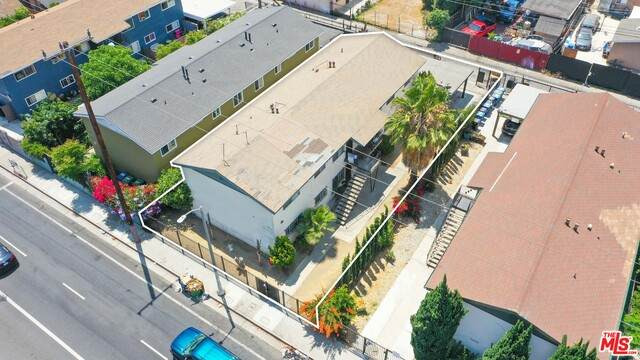 1400 Exposition Blvd, Los Angeles, CA 90018 (#21-765172) :: Lydia Gable Realty Group