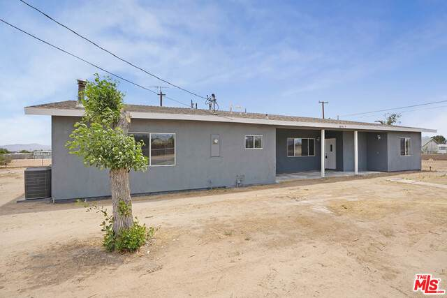 10917 3Rd Ave, Hesperia, CA 92345 (#21-765200) :: Montemayor & Associates