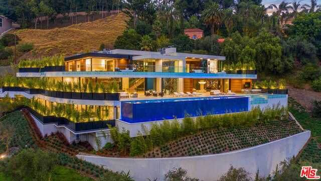 1300 Beverly Estate Dr, BEVERLY HILLS POST OFFICE, CA 90210 (#21-765340) :: Angelo Fierro Group | Compass