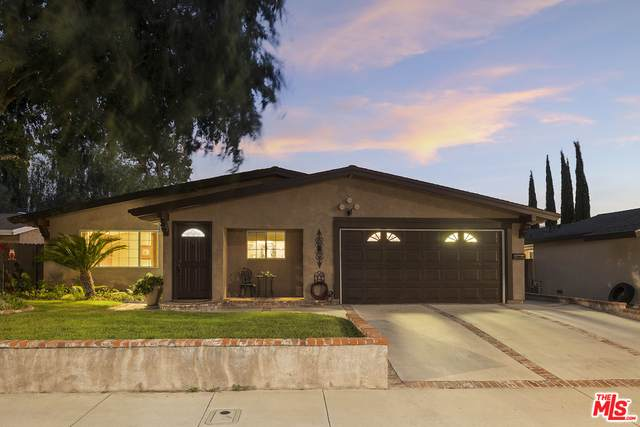 18936 Nearview Dr, Canyon Country, CA 91351 (#21-765594) :: Randy Plaice and Associates