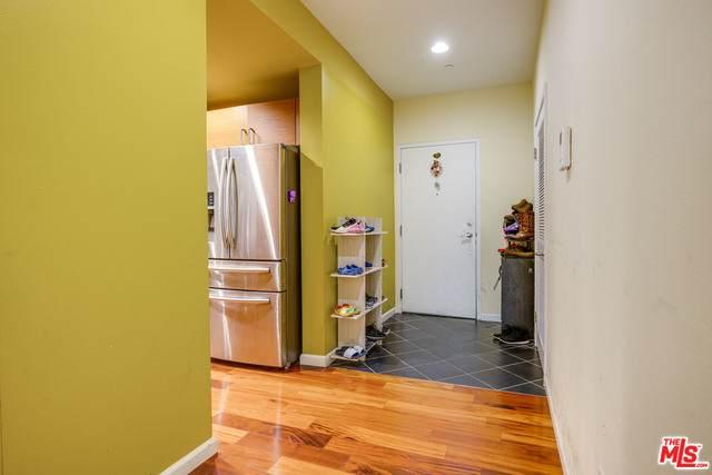 940 Elden Ave #101, Los Angeles, CA 90006 (#21-765620) :: Montemayor & Associates