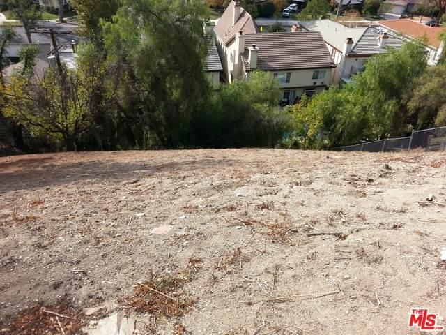 5105 Escobedo Dr, Woodland Hills, CA 91364 (#21-765816) :: Lydia Gable Realty Group