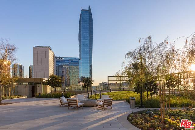 889 Francisco St #805, Los Angeles, CA 90017 (#21-765910) :: Compass