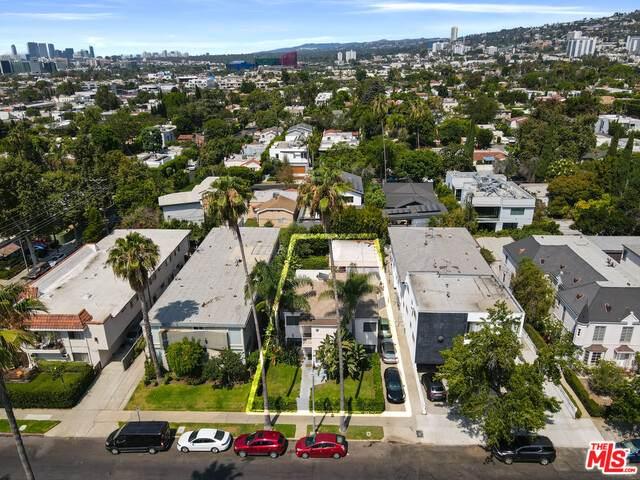 813 N Edinburgh Ave, Los Angeles, CA 90046 (#21-766162) :: The Pratt Group