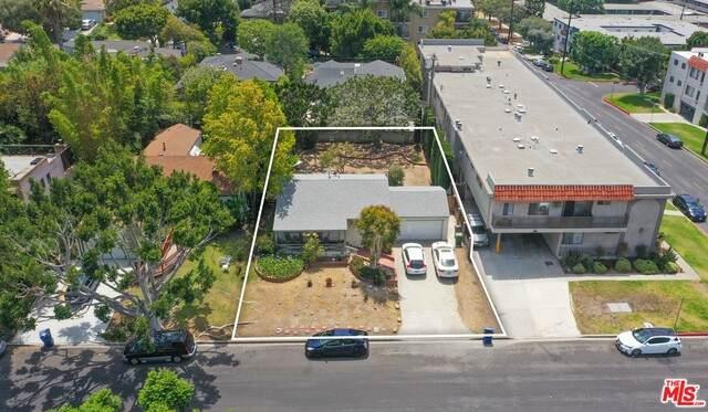 3407 Tilden Ave, Los Angeles, CA 90034 (#21-766196) :: The Pratt Group