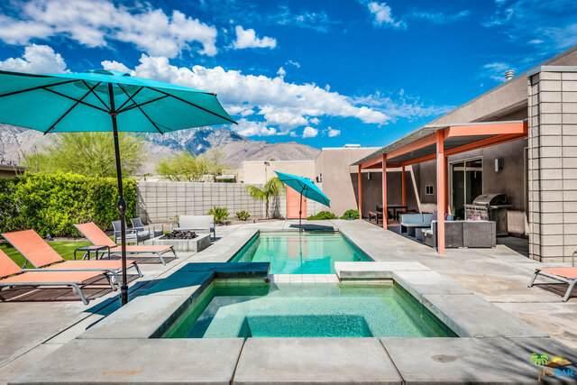 1070 Azure Ct, Palm Springs, CA 92262 (MLS #21-766670) :: The Sandi Phillips Team