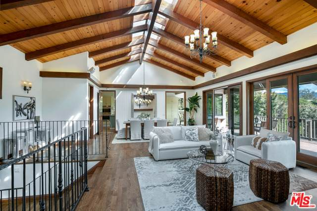7038 Grasswood Ave, Malibu, CA 90265 (#21-766850) :: Montemayor & Associates