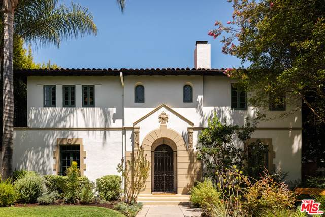 1926 N Hobart Blvd, Los Angeles, CA 90027 (#21-767006) :: Lydia Gable Realty Group