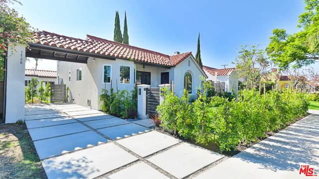 1730 S Spaulding Ave, Los Angeles, CA 90019 (#21-767050) :: Lydia Gable Realty Group