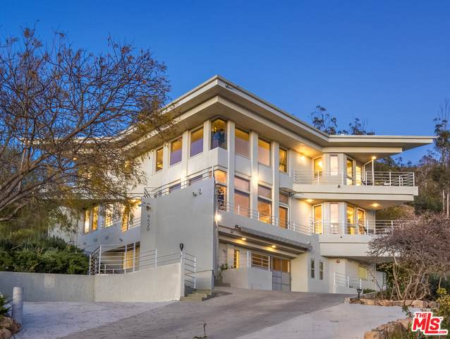 9520 Houston Rd, Malibu, CA 90265 (#21-767238) :: Montemayor & Associates
