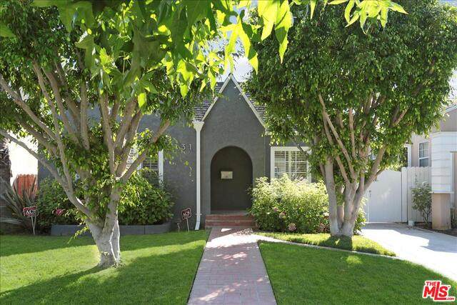 2131 Manning Ave, Los Angeles, CA 90025 (MLS #21-767330) :: Zwemmer Realty Group