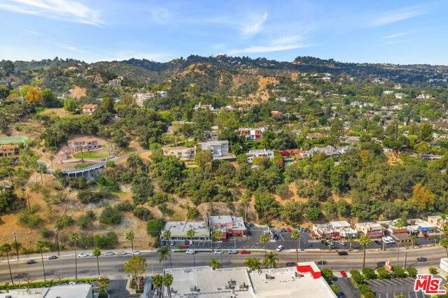 4036 Sunswept Dr, Studio City, CA 91604 (#21-767750) :: The Bobnes Group Real Estate