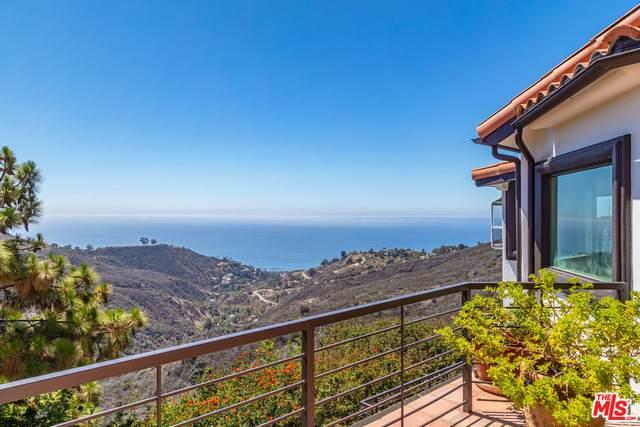 2794 Hume Rd, Malibu, CA 90265 (#21-767776) :: Montemayor & Associates