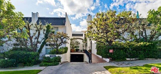 1745 Selby Ave #11, Los Angeles, CA 90024 (#21-767824) :: TruLine Realty