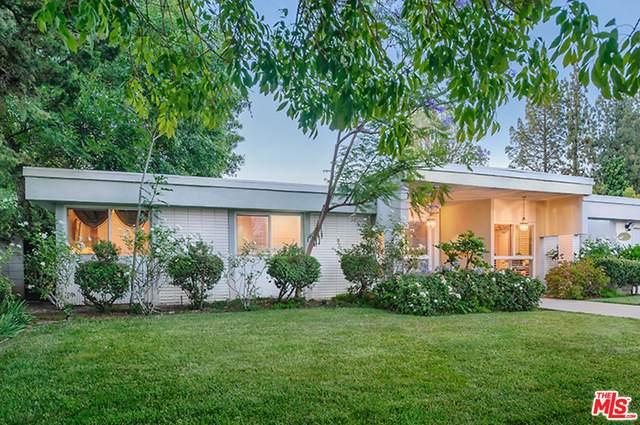 19929 Septo St, Chatsworth, CA 91311 (MLS #21-767866) :: Mark Wise | Bennion Deville Homes