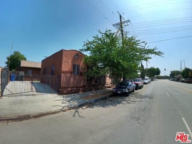363 Gage Ave - Photo 1