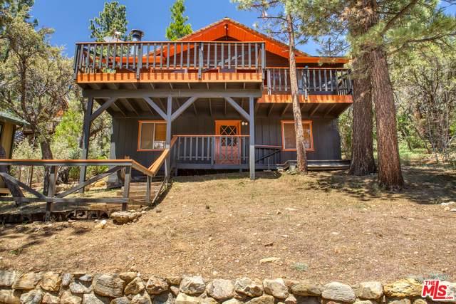43776 Yosemite Dr, BIG BEAR LAKE, CA 92315 (MLS #21-769244) :: Mark Wise | Bennion Deville Homes