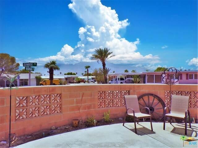 69500 Midpark Dr, Desert Hot Springs, CA 92241 (#21-772520) :: Lydia Gable Realty Group