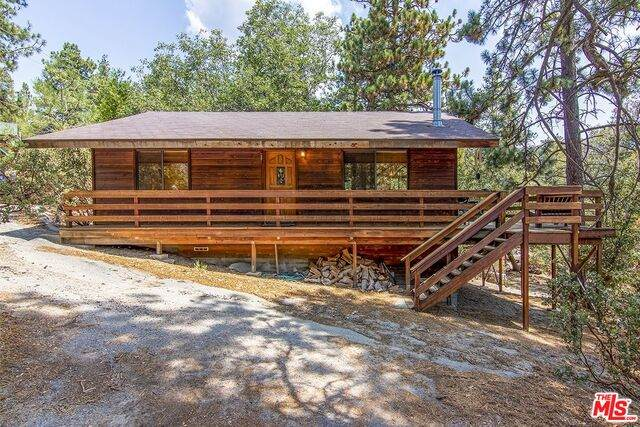 25335 Foster Lake Rd, Idyllwild, CA 92549 (#21-773956) :: Lydia Gable Realty Group