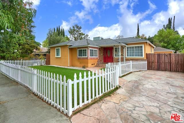 18312 Delano St, Tarzana, CA 91335 (#21-774582) :: Randy Plaice and Associates