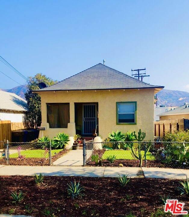 822 Santa Barbara St - Photo 1