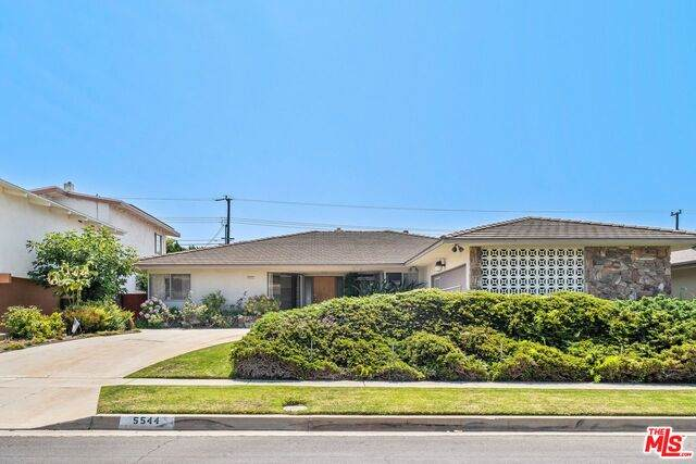 5544 W 63rd St, Los Angeles, CA 90056 (#21-782558) :: The Bobnes Group Real Estate