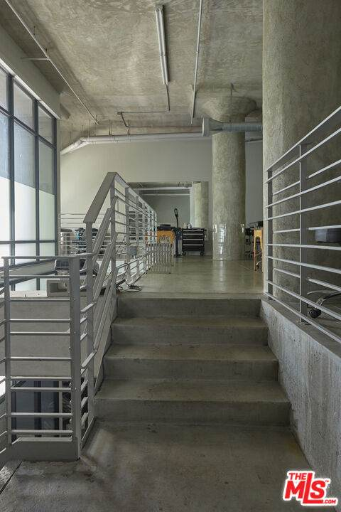1100 S S Grand Ave A008, Los Angeles, CA 90015 (MLS #21-784714) :: Mark Wise | Bennion Deville Homes