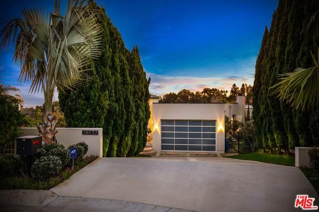 28932 W Beach Ln, Malibu, CA 90265 (#21-785354) :: Montemayor & Associates