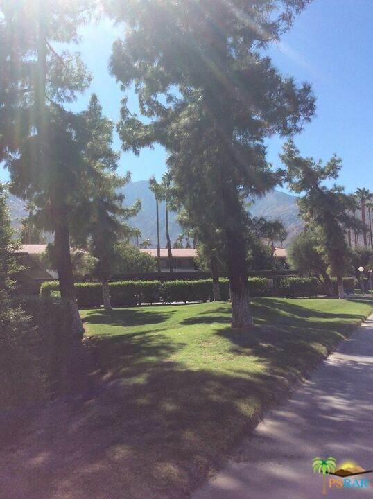 470 N Villa Ct #107, Palm Springs, CA 92262 (#21-785582) :: Lydia Gable Realty Group