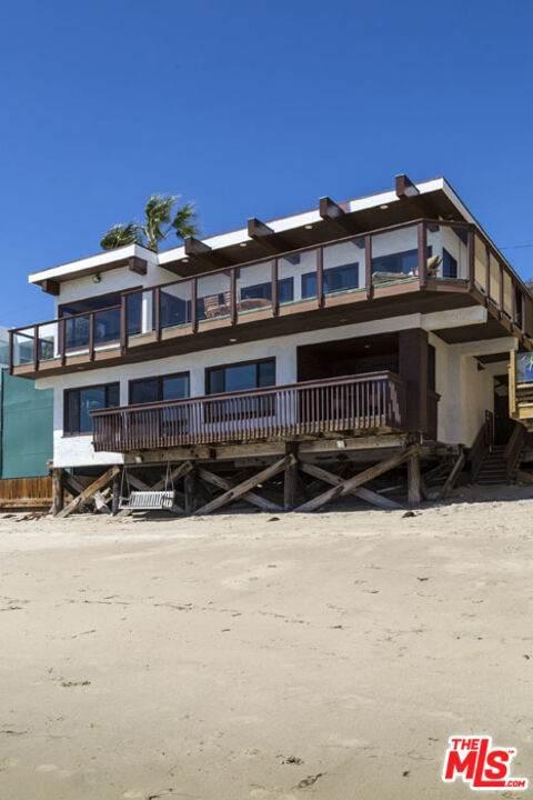 24644 Malibu Rd, Malibu, CA 90265 (#21-786278) :: The Pratt Group