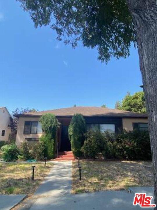 1035 Vernon Ave, Venice, CA 90291 (#21-786638) :: The Pratt Group