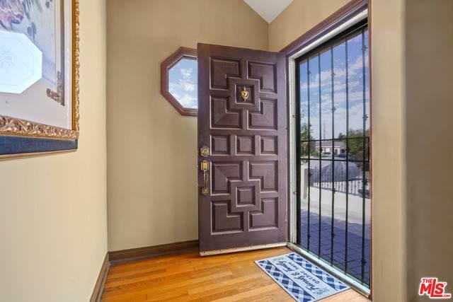 1522 W 71St St, Los Angeles, CA 90047 (MLS #21-787638) :: The John Jay Group - Bennion Deville Homes