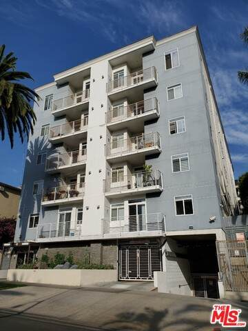440 S Occidental Blvd #501, Los Angeles, CA 90057 (#21-788040) :: The Pratt Group